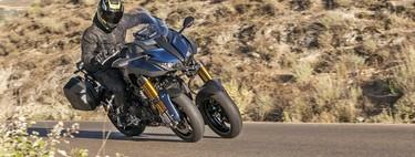 Probamos la Yamaha Niken GT: una moto de tres ruedas más equipada para cobrar todo el sentido