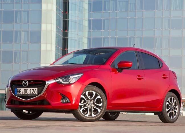 Mazda 2 2015 1024 06