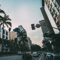 """Bolsonaro quiere eliminar los radares de velocidad en Brasil y """"devolver al pueblo el placer de conducir"""""""