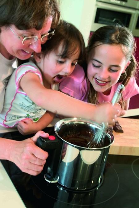 Derretir chocolate al baño maría
