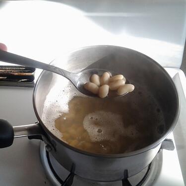 ¿Agregar o no sal a los frijoles antes de cocerse?