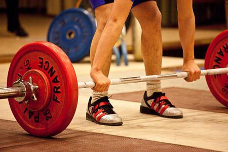 Hacer pesas para perder peso