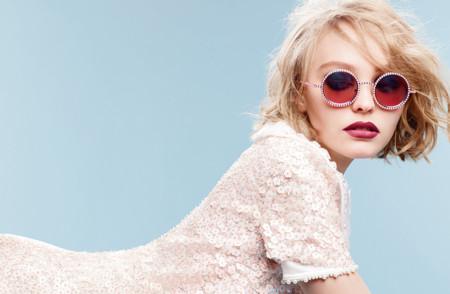 Lily Rose Depp es la nueva niña mimada de Chanel, ¡cuidado Kendall Jenner!