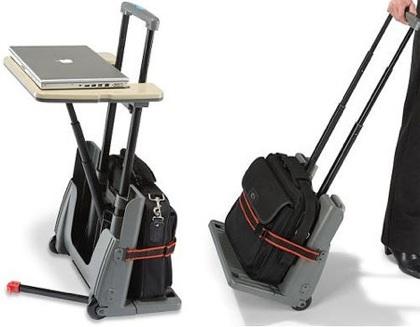Carrito de maletas y mesa para el portátil