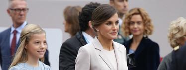La reina Letizia apuesta por un clásico recogido en el desfile del Día de la Hispanidad