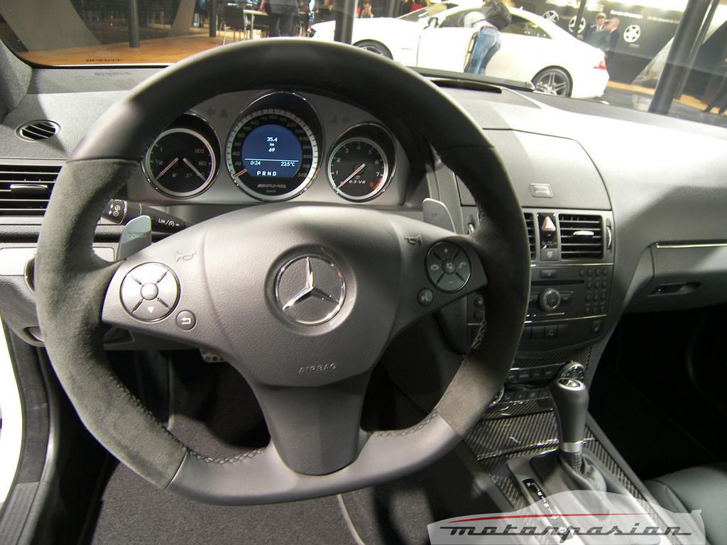 Foto de Mercedes C63 AMG en el Salón de Ginebra (2/15)
