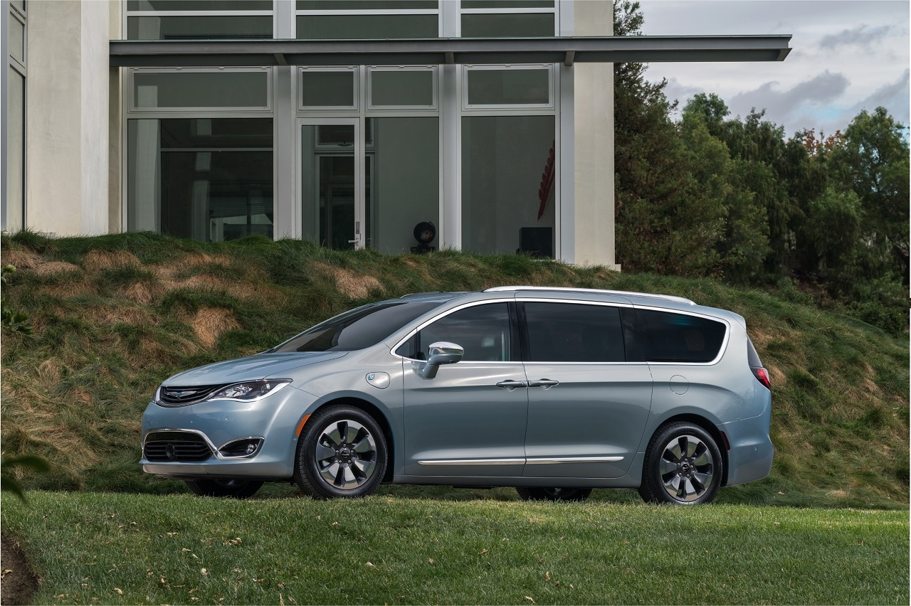 Foto de Chrysler Pacifica 2017 (7/27)