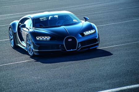 1.500 CV, 1.600 Nm y 420 km/h. Así es la tarjeta de presentación del Bugatti Chiron