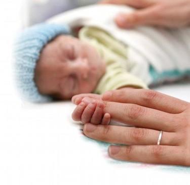 La leche materna para los bebés prematuros