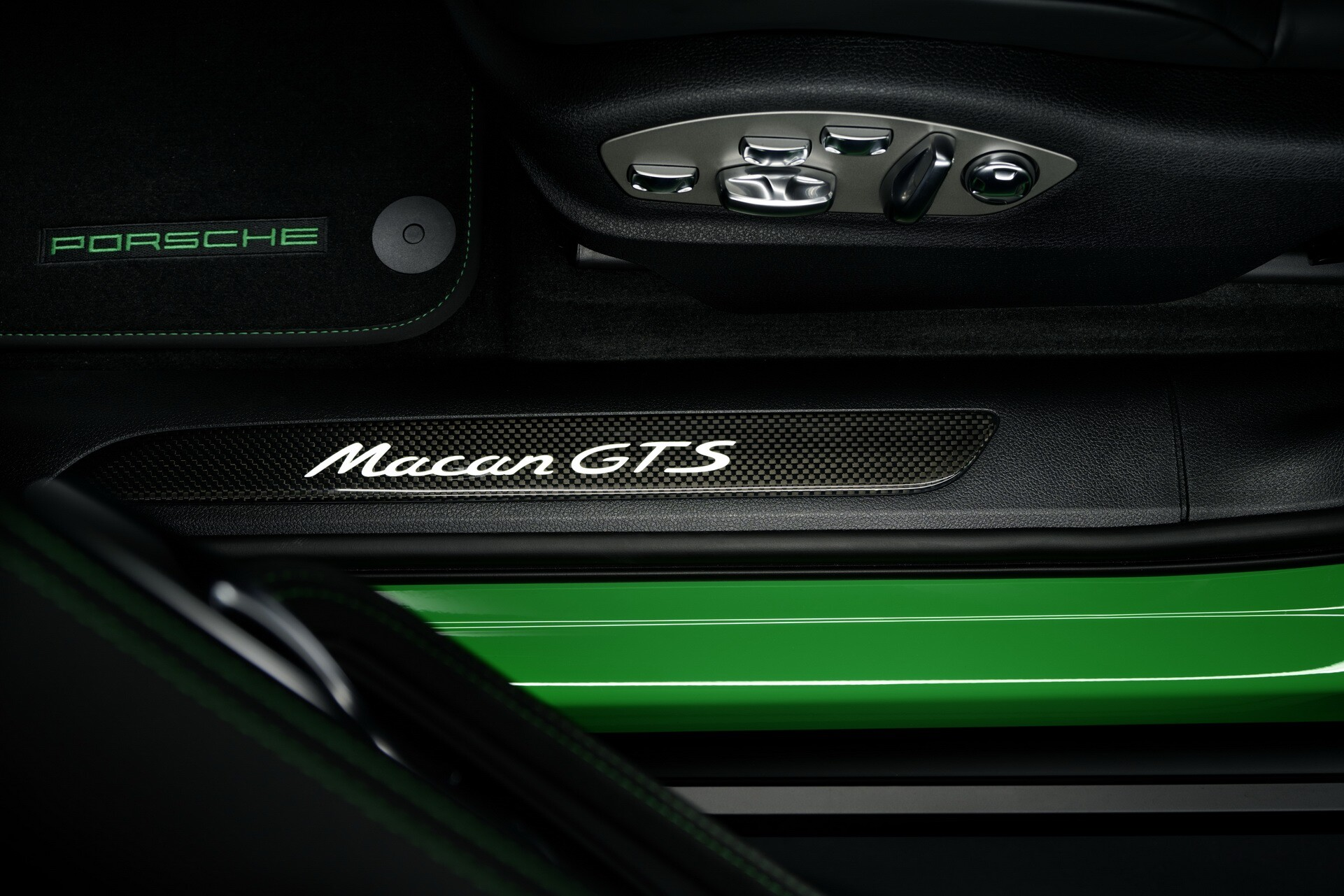 Foto de Porsche Macan 2022 (32/59)