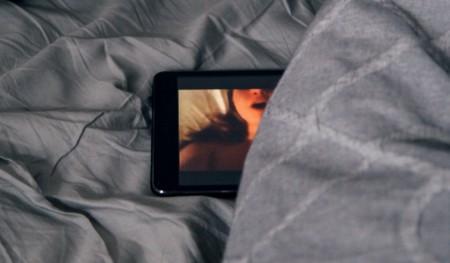 Una persona asegura haber creado un programa que vincula fotografías de mujeres en las redes sociales con vídeos de Pornhub