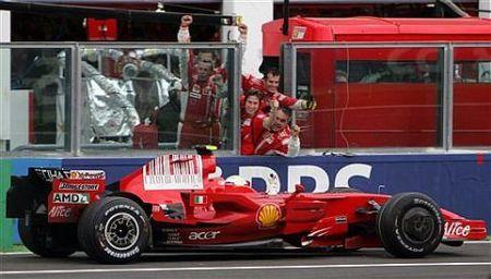 Felipe Massa se coloca líder del Mundial en Francia