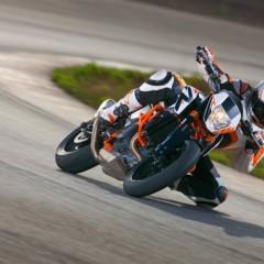 Foto 9 de 16 de la galería salon-de-milan-2012-ktm-690-duke-r-aun-mas-erre en Motorpasion Moto