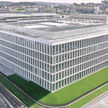 67.000 m2, 9000 m2 de platós y 28 metros de altura: así es el nuevo edificio de Zara en Arteixto que ha costado 130 millones de euros