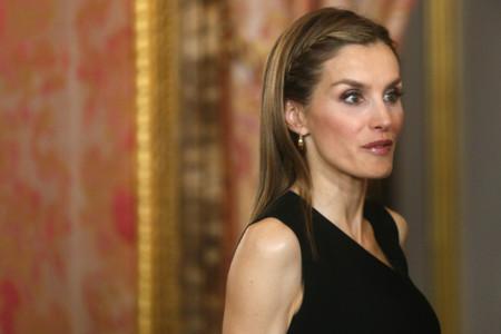 La Princesa Letizia repite look por segundo día consecutivo
