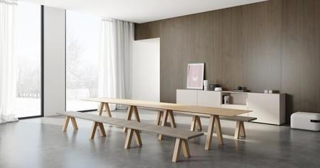 Elegante colección de bancos modulares con mesa a juego de John Pawson para Viccarbe