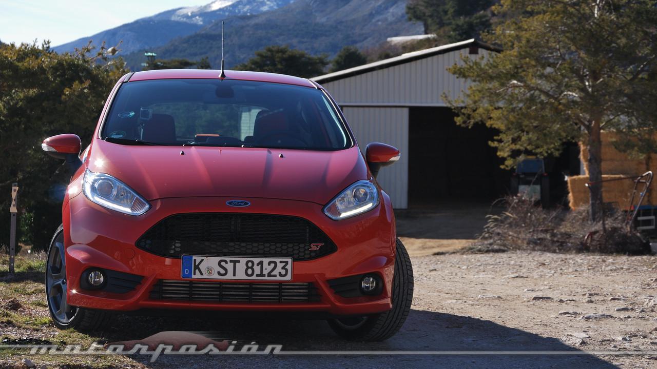 Foto de Ford Fiesta ST (presentación) (5/48)