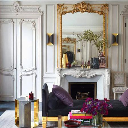 Chimenea colonial en apartamento parisino
