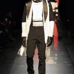 Foto 4 de 40 de la galería jean-paul-gaultier-otono-invierno-20112012-en-la-semana-de-la-moda-de-paris en Trendencias Hombre