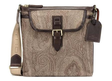 Los exquisitos bolsos en paisley italiano de Etro