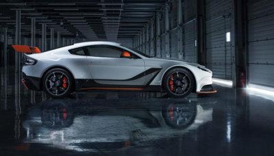 """El Aston Martin Vantage GT12 cuelga el cartel de """"todo vendido"""""""
