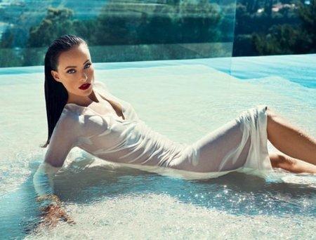 Olivia Wilde debería ser nombrada peligro público con esos trajes mojados que se me pone