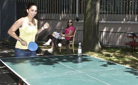 Mesa de ping pong en su esplendor