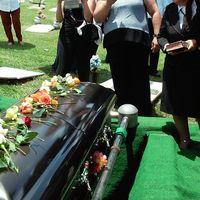 En EEUU quieren compostar cadáveres de seres humanos porque, en fin, solo se muere una vez