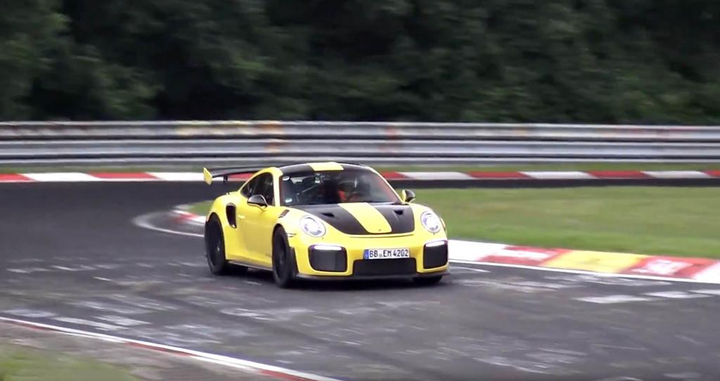 Porsche 911 GT2 RS Nürburgring