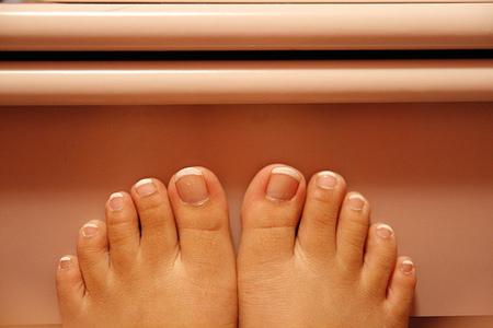 Esmalte de uñas permanente en verano, una nueva opción