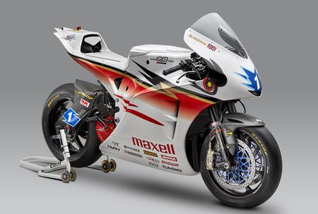 Así es la Mugen Shinden Roku, la moto eléctrica con la que Martin y McGuiness volarán en el IOMTT