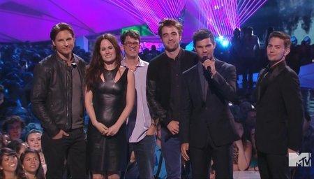 Facinelli, Reaser, Pattinson, Lautner y Rathbone presentan el tráiler de Amanecer 2 en la MTV