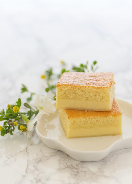 Bizcocho mágico de crema. Cómo conseguir un pastel relleno con solo una receta