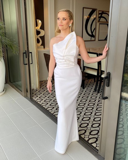 Reese witherspoon globos de oro 2020