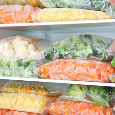 Cómo congelar verduras y frutas en casa correctamente (y no salir tanto a hacer la compra)