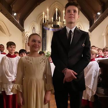 Harper Seven y Cruz han sido bautizados y así ha lucido Victoria Beckham (y sus famosos padrinos)