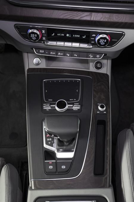 Audi Q5 2017 R 165
