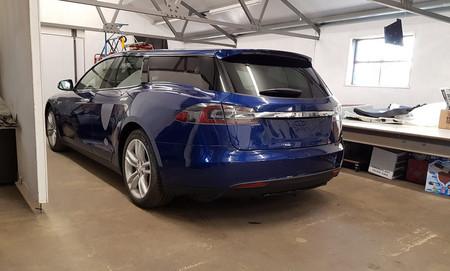 Tesla Model S Break