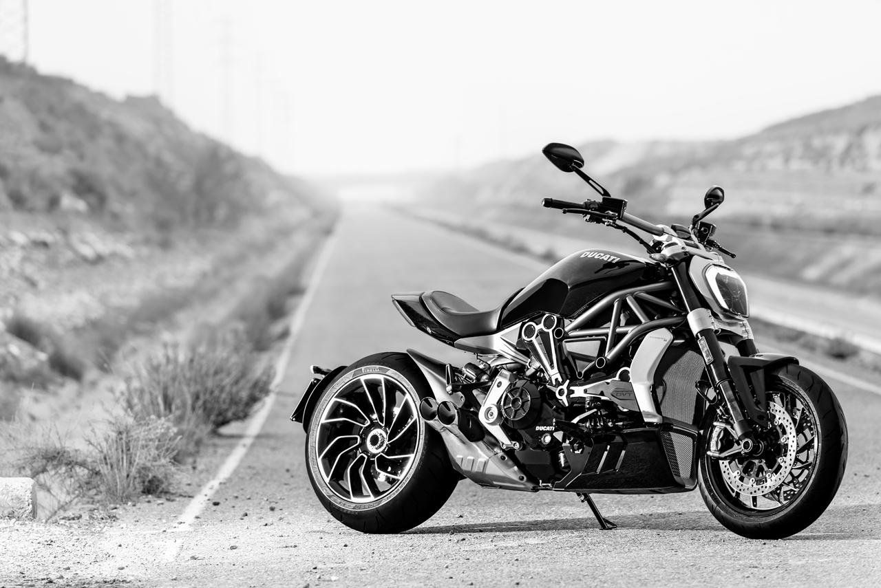 Foto de Ducati Diavel X (5/29)
