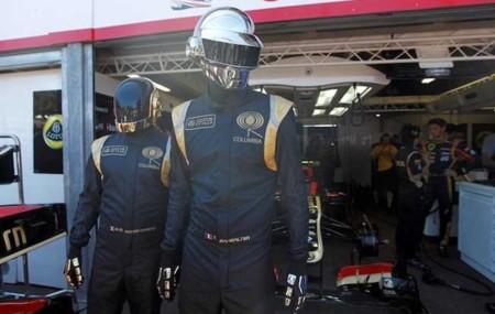 Daft Punk paseando el hit del verano por Mónaco