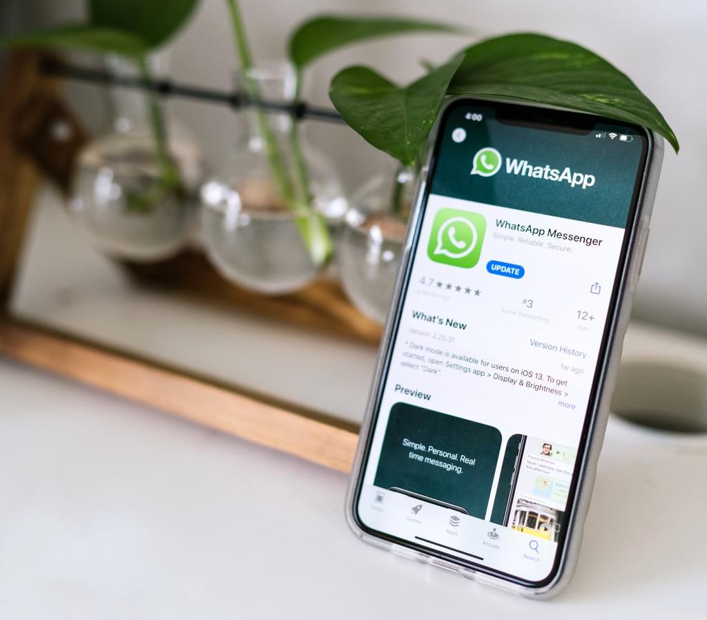 WhatsApp está probando una nueva forma de añadir contactos: compartir un código QR