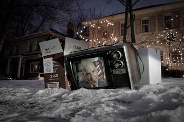 Televisiones Abandonadas, por Alex Beker
