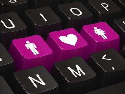 El 60% de los colombianos han usado Internet para buscar pareja
