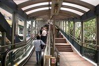 La escalera mecánica cubierta más larga del mundo está en Hong Kong