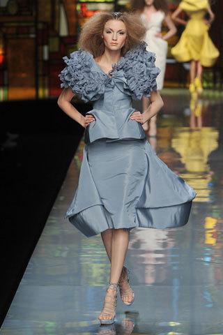 Foto de Christian Dior Alta Costura Primavera-Verano 2009 (2/7)