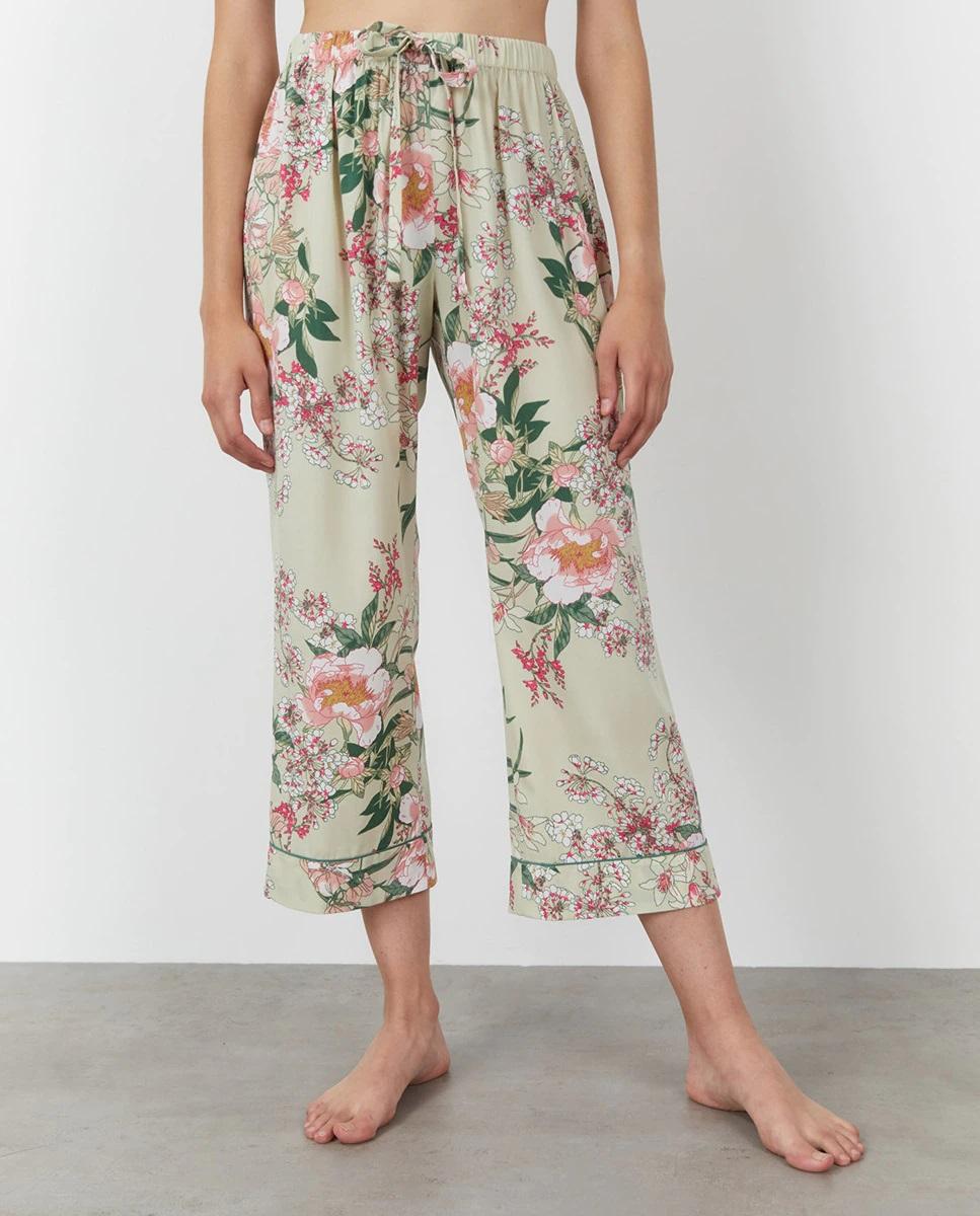 Pantalón fluido de flores con cintura elástica de Sfera