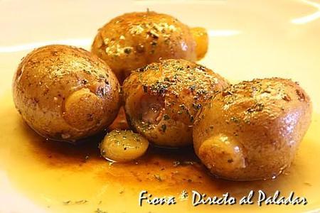 Patatas rellenas de salchichas. Receta