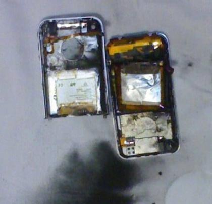 Le explota el iPhone al intentar desbloquearlo