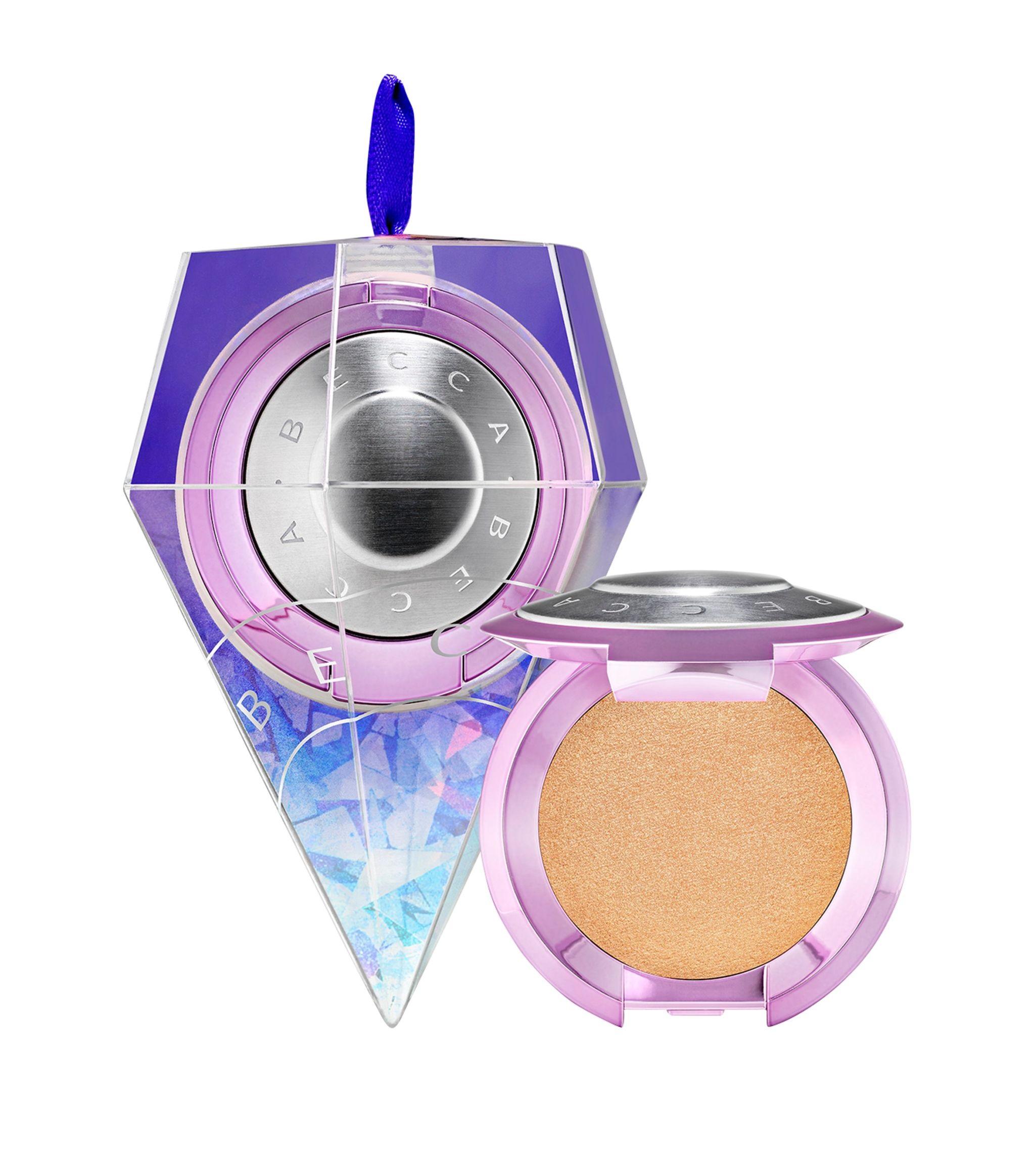 Iluminador en versión mini de Becca Cosmetics