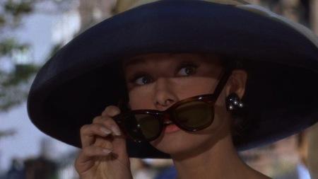 Las gafas de sol también son un clásico en el mundo del cine